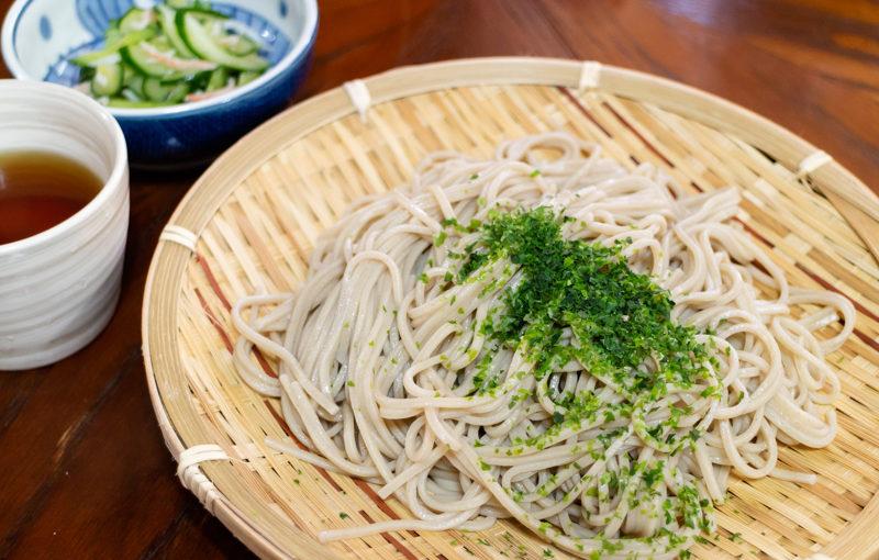道志みちで新潟県発祥の妻有(つまり)そばを食べてきました。